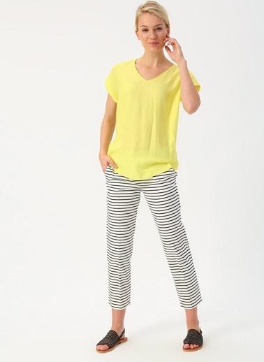 Koton Koton V Yaka Sarı Bluz Sarı